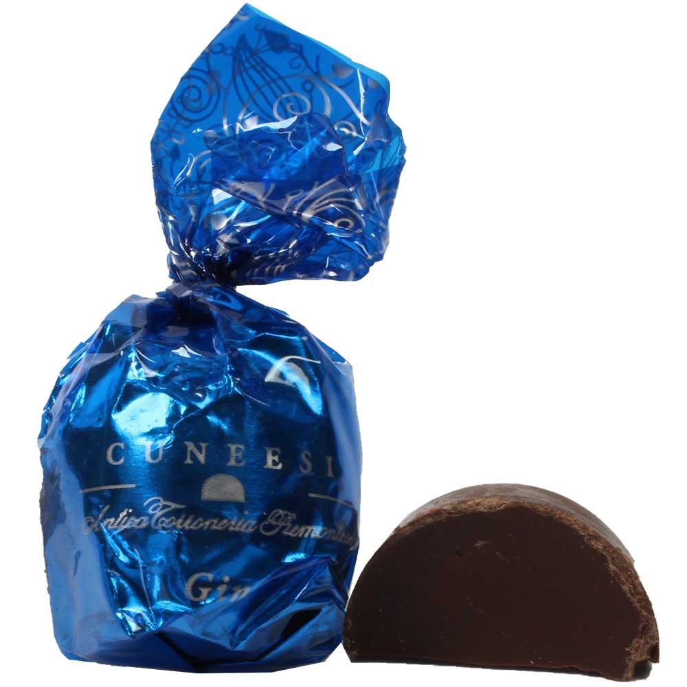Cuneesi al Gin - Schokoladen Pralinen mit Gin Stück - Chocolade, SweetFingerfood, GGO-vrije chocolade, met alcohol, Italië, Italiaanse chocolade, Chocolade met alcohol - Chocolats-De-Luxe