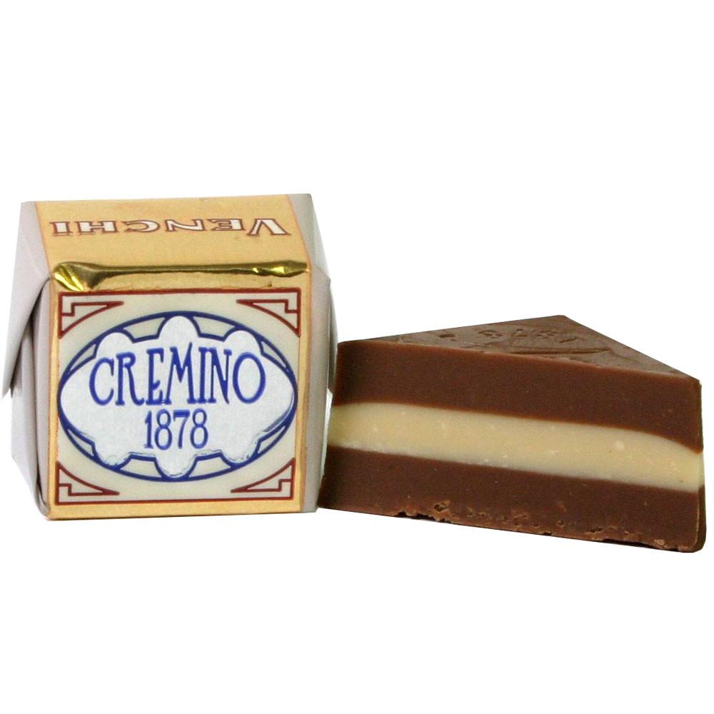 Nougat, Gianduja, Gianduia, hazelnuts, noisettes, almonds, amandes, Turin, Mandeln, Haselnüsse, - $seoKeywords- Chocolats-De-Luxe