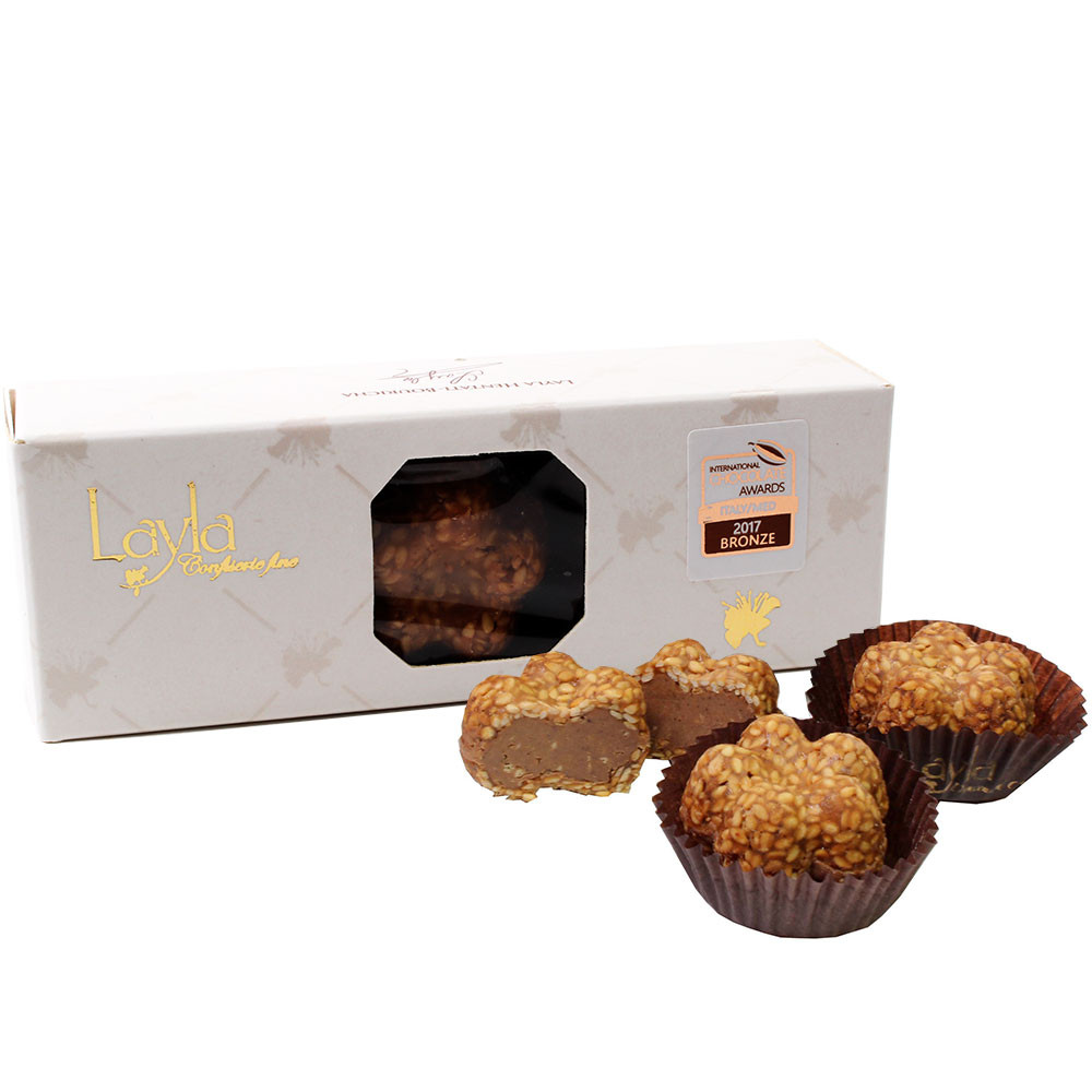 The sesame flower - sesame confectionery with a hazelnut chocolate filling - Pralines, alcohol free Chocolate, suitable for vegetarians, Tunesia, Tunisian chocolate, chocolate with hazelnut, hazelnut chocolate - Chocolats-De-Luxe