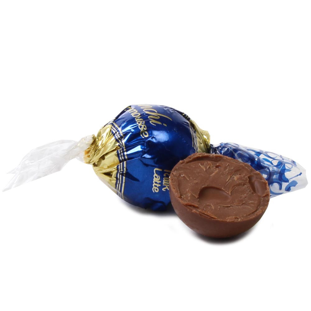 Chocomousse, Milchschokolade - Sweet Fingerfood, alcohol free Chocolate, gluten free chocolate, Italy, italian chocolate, chocolate with milk, milk chocolate - Chocolats-De-Luxe