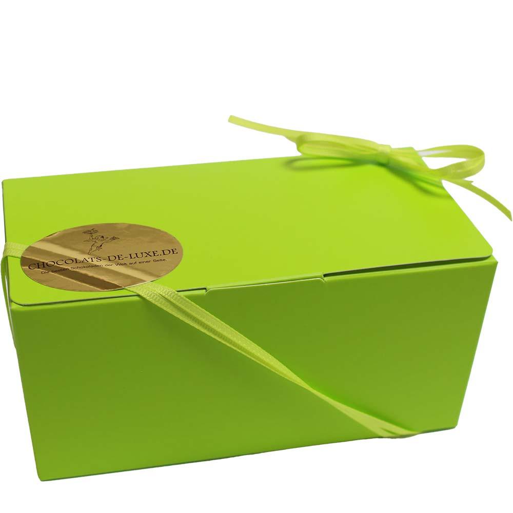Het is zo groen - 15 pistache-crunchballetjes SPECIALE PRIJS - $seoKeywords- Chocolats-De-Luxe
