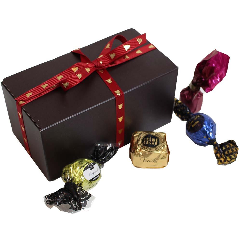 Ronde verrassing in de chocoladedoos