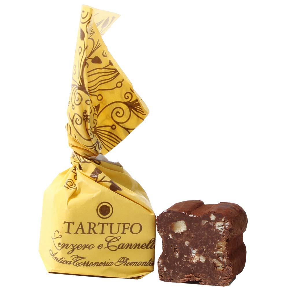 Antica Torroneria Piemontese, Tartufo, Tartufi, Piemont, Zimt, Ingwer, Cinnamon, Ginger, Zenzero, Canella, Haselnuss, Nuss, hazelnut, Trüffel, Sweet Fingerfood, Tatufo, Tartuffo, Tatufi, Tartuffi, - SweetFingerfood, Truffel, alcoholvrije chocolade, glutenvrije chocolade, Italië, Italiaanse chocolade, Chocolade met gember - Chocolats-De-Luxe