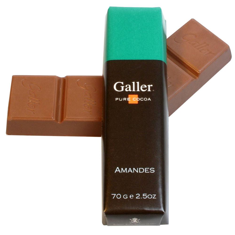 Vollmilch Schokolade, milk chocolate, chocolat au lait, Belgium, Belgian Chocolate, chocolat Belge, amandes, almonds, Mandeln,                                                                           -  - Chocolats-De-Luxe