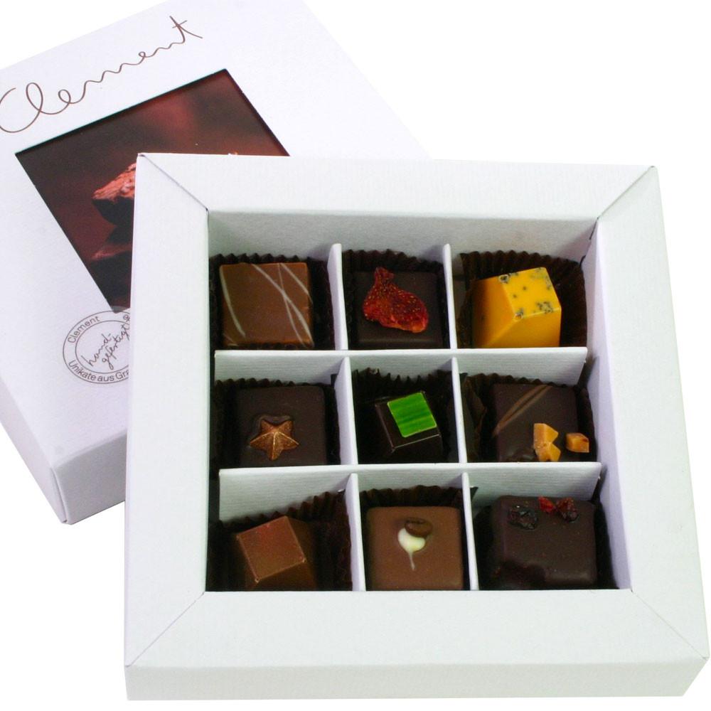 Pralinen, frische Pralinen, Trüffelpralinen, besondere Schokolade, dunkle Schokolade, dark chocolate, chocolat noir,