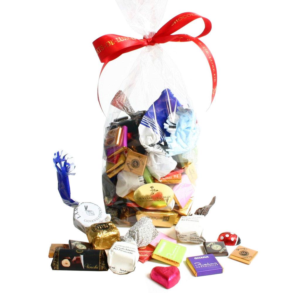 Schokolade, Nougatschokolade, Kamelle, Lamoresi, dark chocolate, milk chocolate, hazelnuts, noisettes, chocolat au lait, chocolat noir, - $seoKeywords- Chocolats-De-Luxe