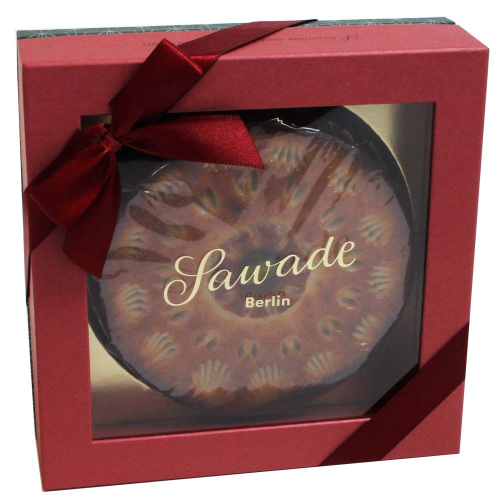 Noble Christmas pie with nougat and marzipan - Cake, Chocolate coated, alcohol free Chocolate, palm oil free chocolate, suitable for vegetarians, without artificial flavourings / additives, Germany, german chocolate, Chocolate with alcohol - Chocolats-De-Luxe