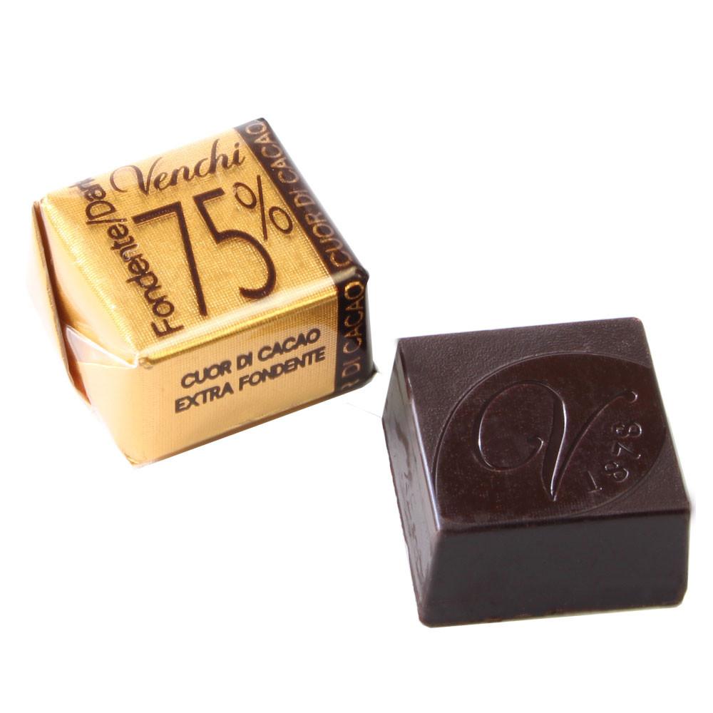 venchi_cuor-di-cacao_75%_stueck_chocolats-de-luxe_41-104064 -  - Chocolats-De-Luxe