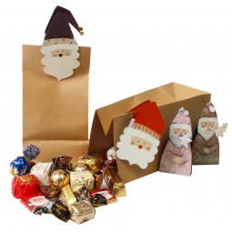 Nikolaustüte gefüllt mit Schokolade und Pralinen