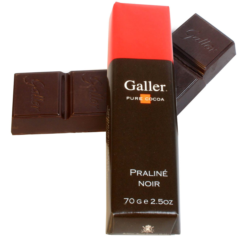 Belgium, Belgian chocolate, chocolat belge, chocolat noir, dark chocolate, hazelnuts, noisettes, nocciolo,                                                                                               -  - Chocolats-De-Luxe