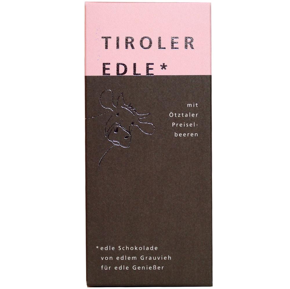 Tiroler Grauvieh, Rahm ohne Konservierungsstoffe, Johannisbeeren, dark chocolate, chocolat noir, filled chocolate, gefüllte Schokolade                                                                   -  - Chocolats-De-Luxe