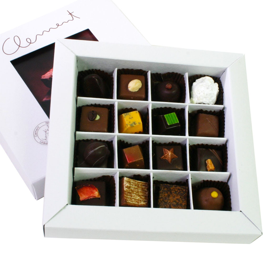 pralines, pralinés, truffles, bonbon au chocolat, dunkle Schokolade, dark chocolate, chocolat noir                                                                                                       -  - Chocolats-De-Luxe