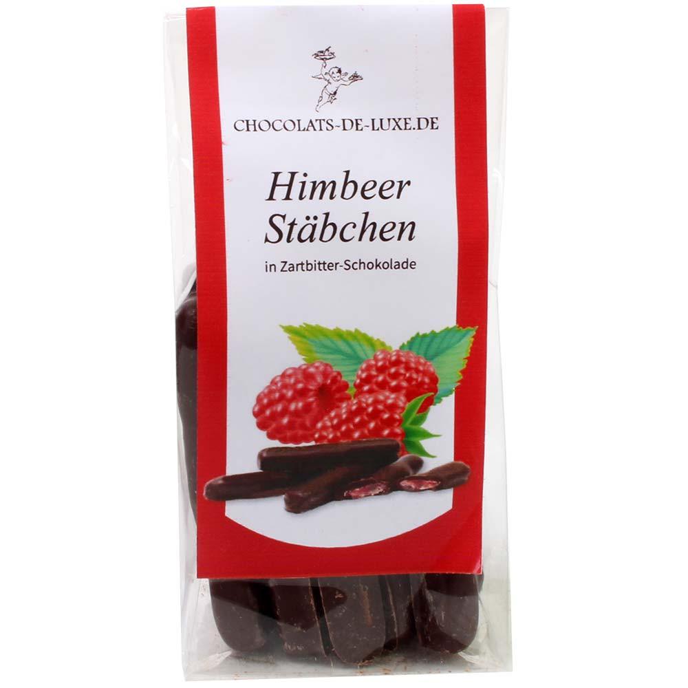 Palitos de frambuesa en chocolate negro al 70%