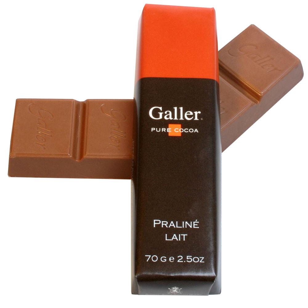 Vollmilch Schokolade, milk chocolate, chocolat au lait, Belgium, Belgian Chocolate, chocolat Belge, nougat hazelnuts noisettes nocciolo                                                                  -  - Chocolats-De-Luxe